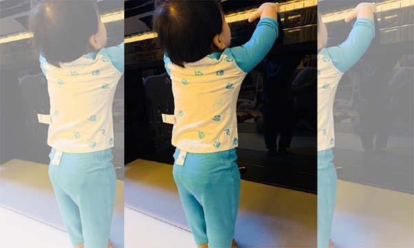 宝妈分享:宝宝爱出汗,夜哭睡不好怎么办?换一件万博X手机下载内衣试试